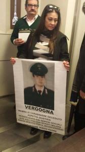 """Vittoria Olimpio chiede giustizia: """"mio figlio morto per eseguire un ordine"""""""