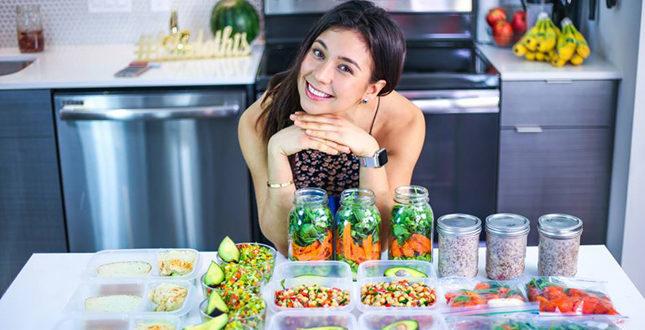 Rawvana, la star vegana di Instagram… mangiava pesce di nascosto